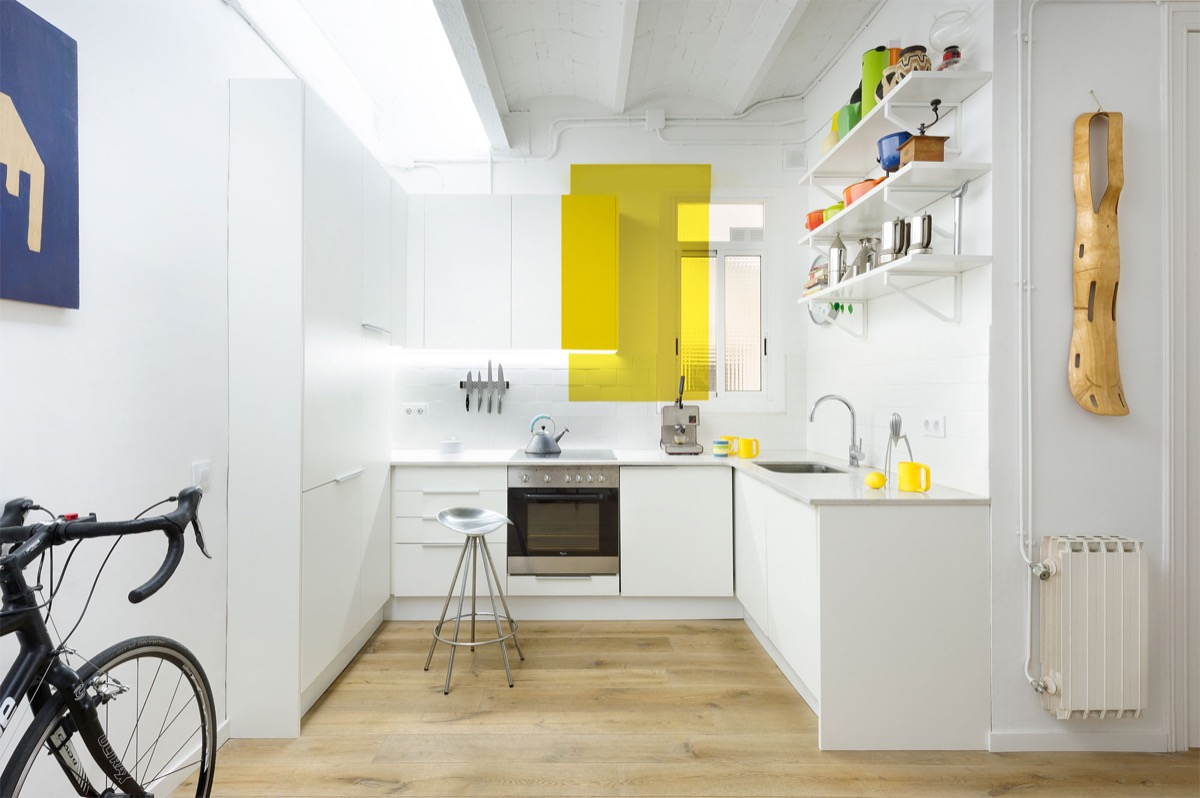 l-shaped-kitchen-design-with-window